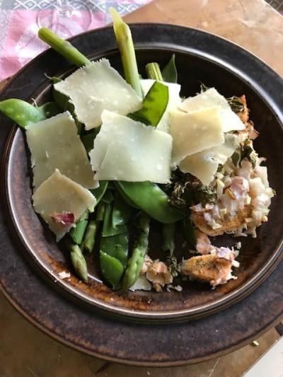 Lax med sparris och parmesan